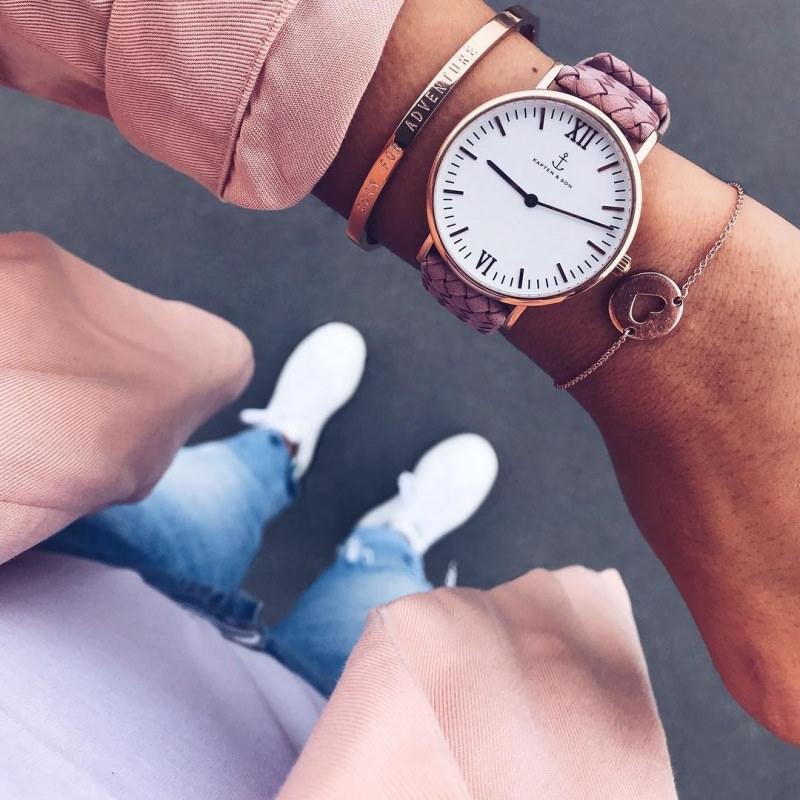 Orologi da donna, la moda per l'estate 2018 polso cinturino rosa qudrante classico bracciale oro scritta adventure cuore jeans sneackers camicia