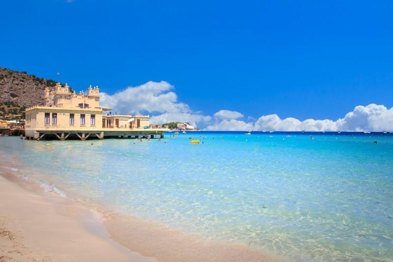 spiaggia di Mondello Palermo mare