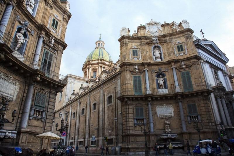 piazza Vigliena Quattro Canti Palermo