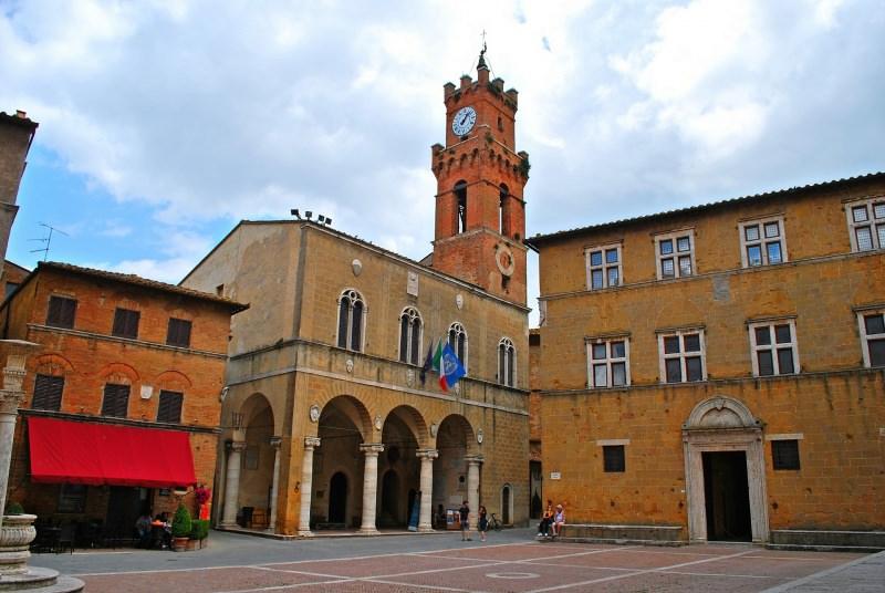 weekend d'autunno romantico in Toscana Pienza Piazza Pio II