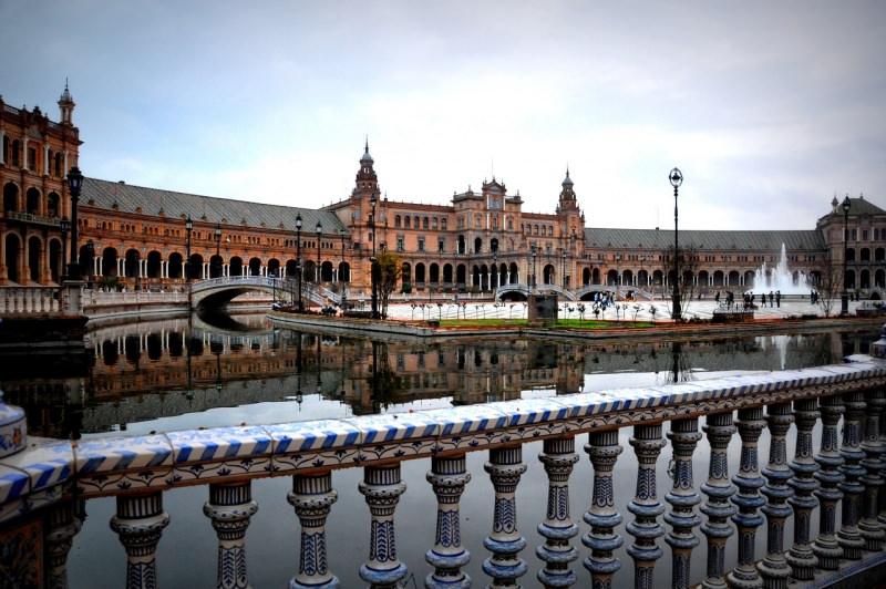 Plaza de España di Siviglia canale acqua