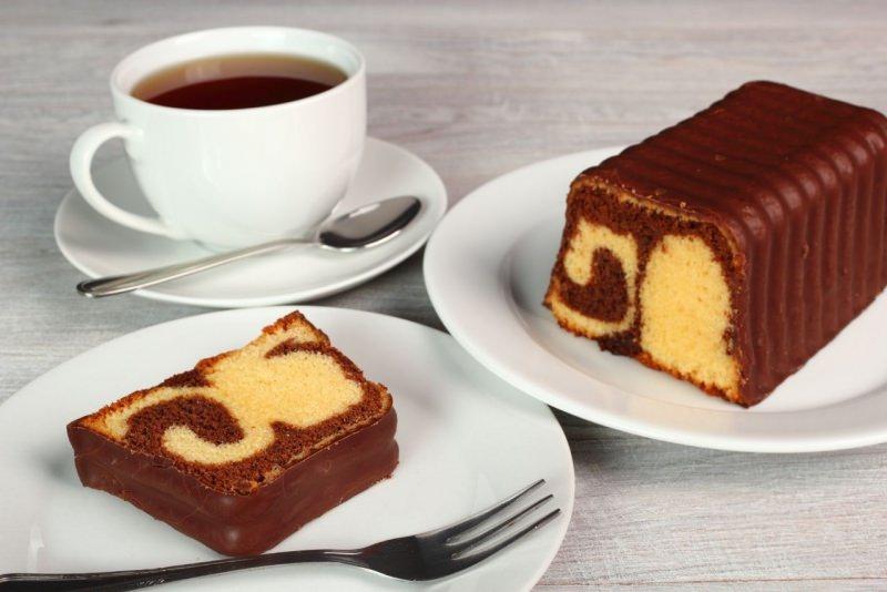 plumcake variegato cioccolato vaniglia tazza di tè colazione plum cake sponge