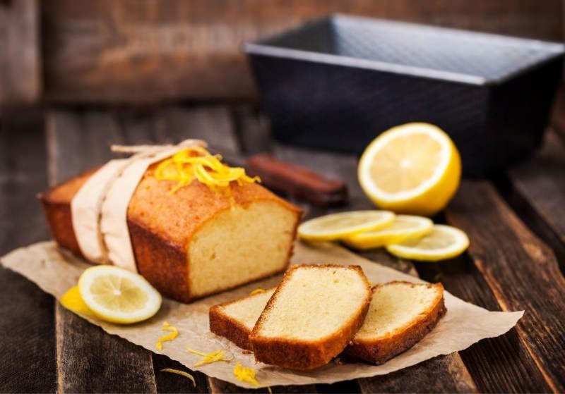 plumcake yogurt limone soffice stampo pound cake fette tagliere