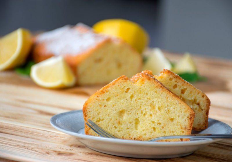fette plumcake yogurt limone senza burro dolce pronto tavola zucchero a velo