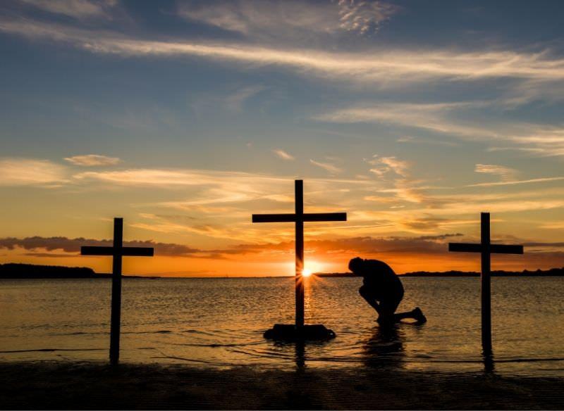 preghiera calvario tramonto sabato santo