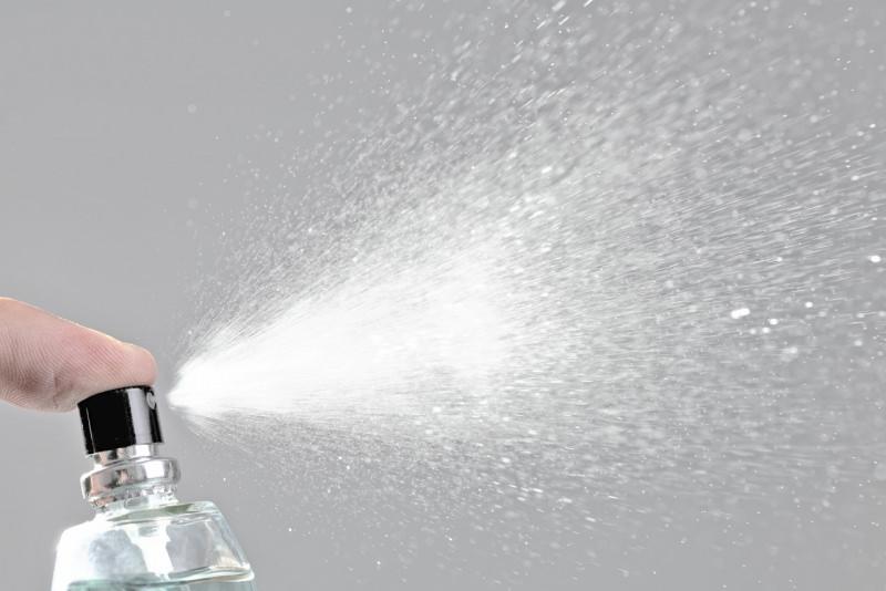 profumo spray spruzzo