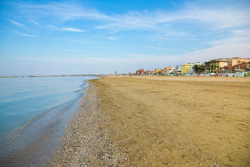 spiaggia mare Adriatico riviera romagnola
