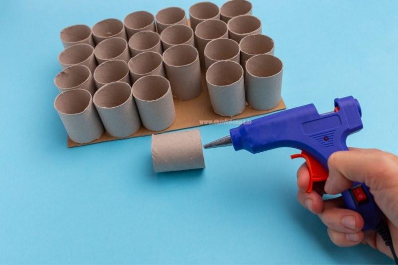 rotoli cartone pistola colla a caldo tutorial calendario avvento
