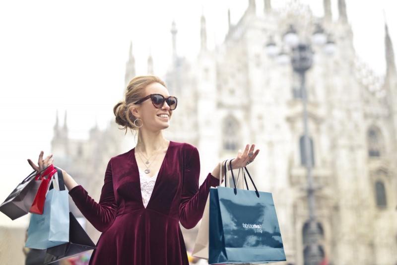 Saldi: 9 consigli per pianificare il tuo shopping Milano donna Duomo