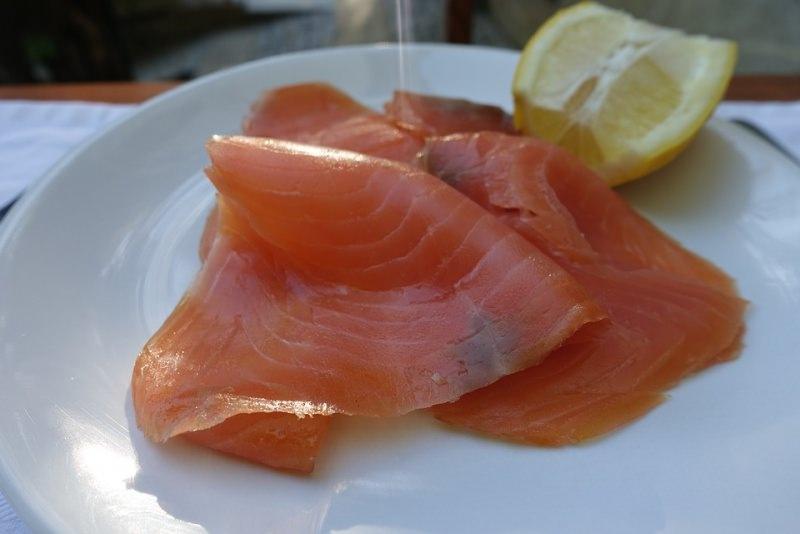 salmone fresco affumicato