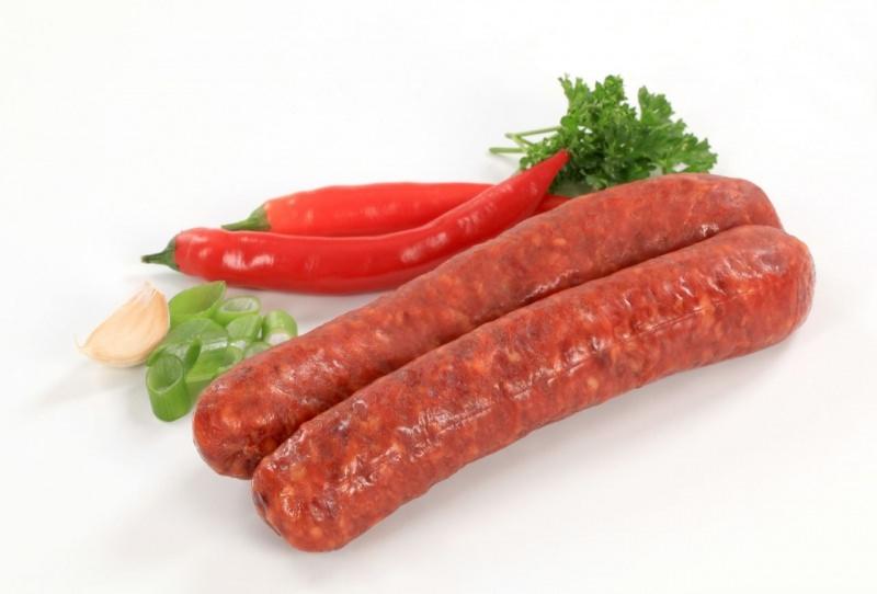 ingredienti pappardelle salsiccia piccante peperone rosso aglio