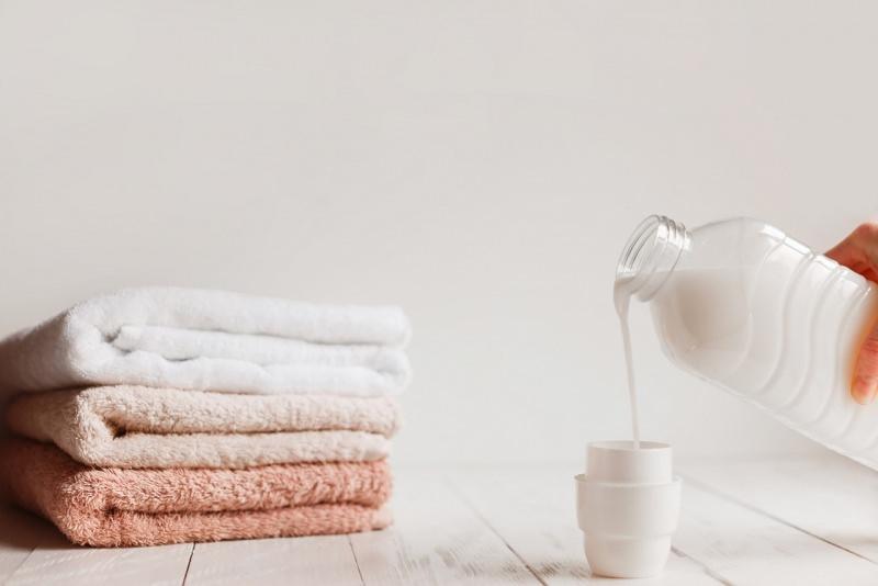 detersivo liquido sapone di Marsiglia spugne teli