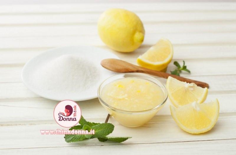 scrub limone sale ciotola vetro cucchiaio legno