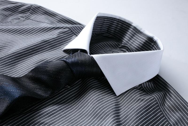 Le migliori idee regalo per la Festa del papà camicia cravatta
