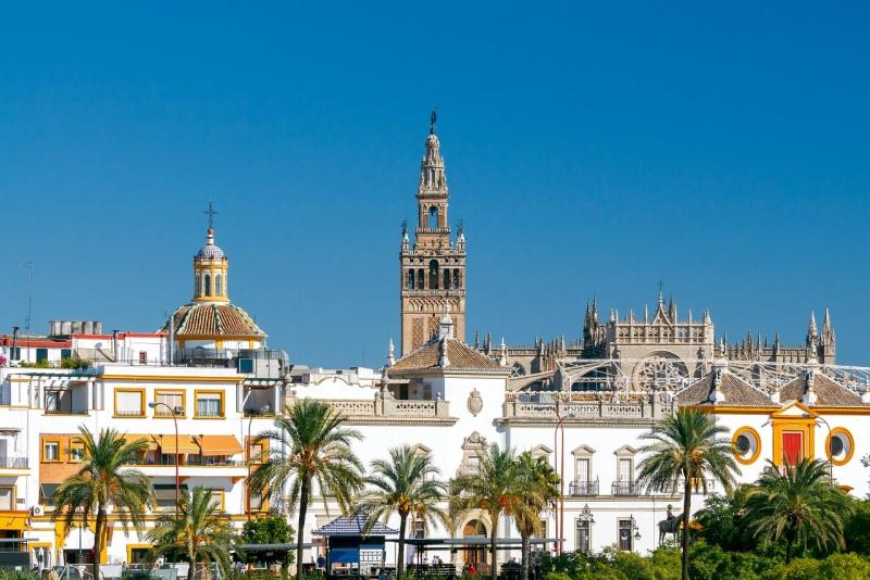 giralda campanile cattedrale simbolo città siviglia