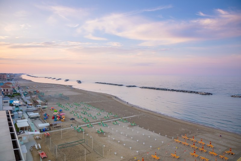 spiaggia Rimini Romanga mare lidi