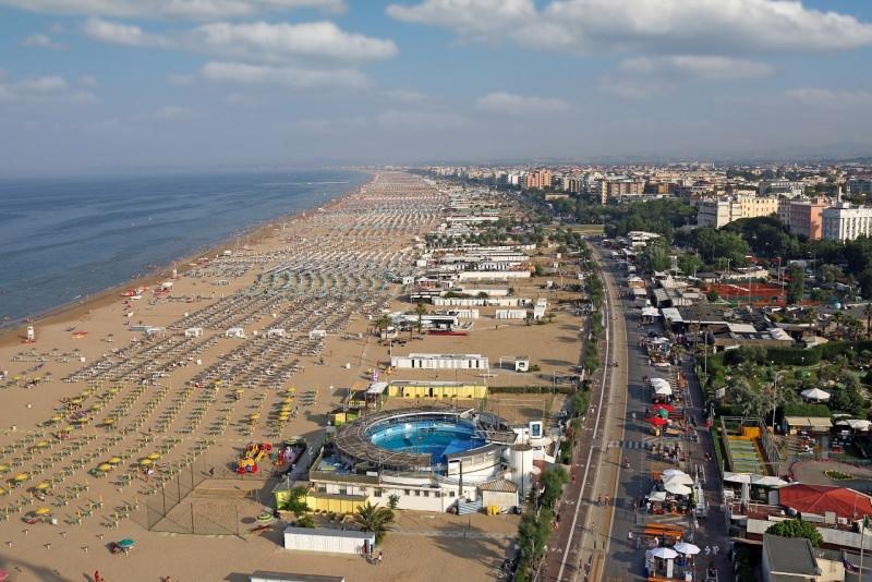 spiaggia di Rimini romagna mare lido