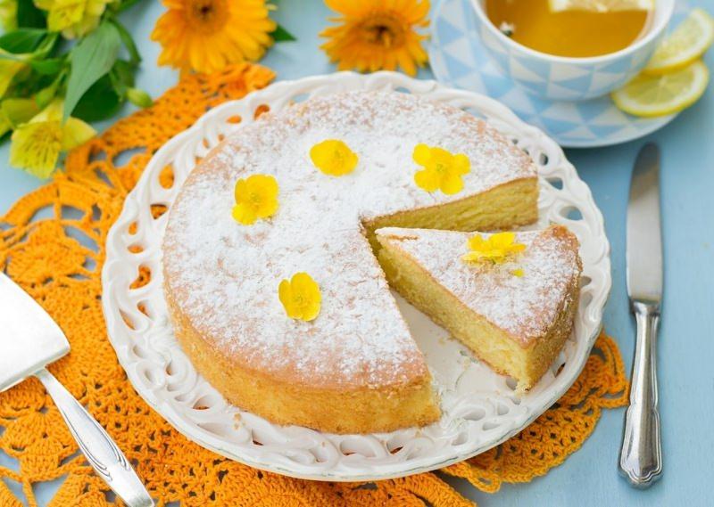 torta margherita fiori giallo arancione dolce