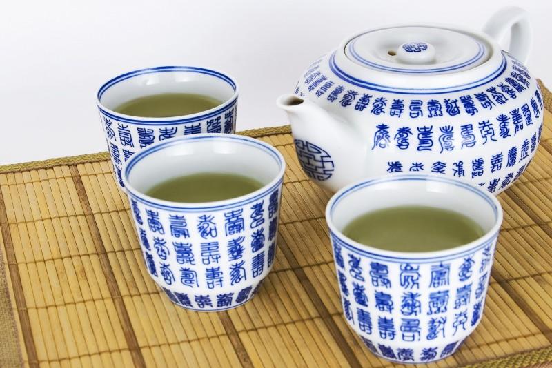 tè verde Quando bere fa bene alla salute tazze teiera