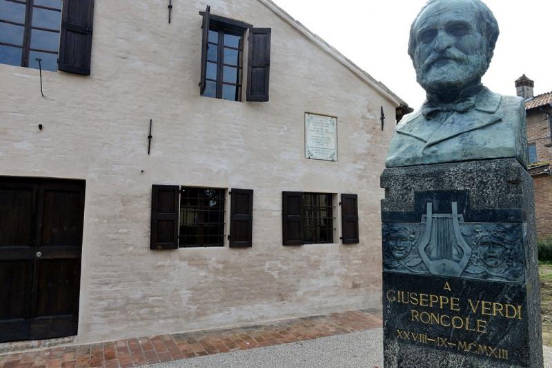Gite scolastiche per bambini: quali sono le mete migliori? Roncole Verdi casa natale Giuseppe Verdi