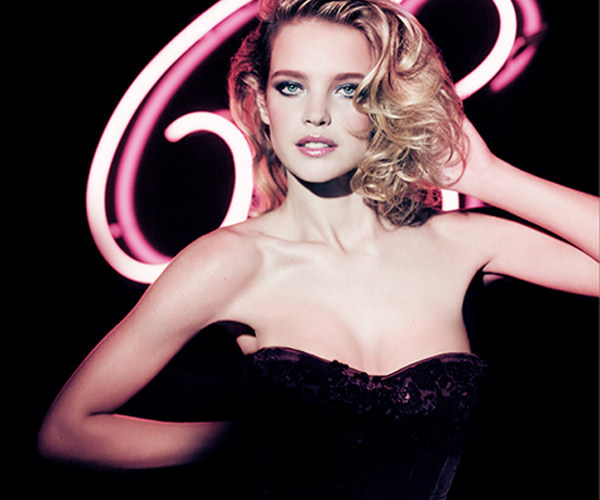 make up arancio e fucsia Guerlain Natalia Vodianova.