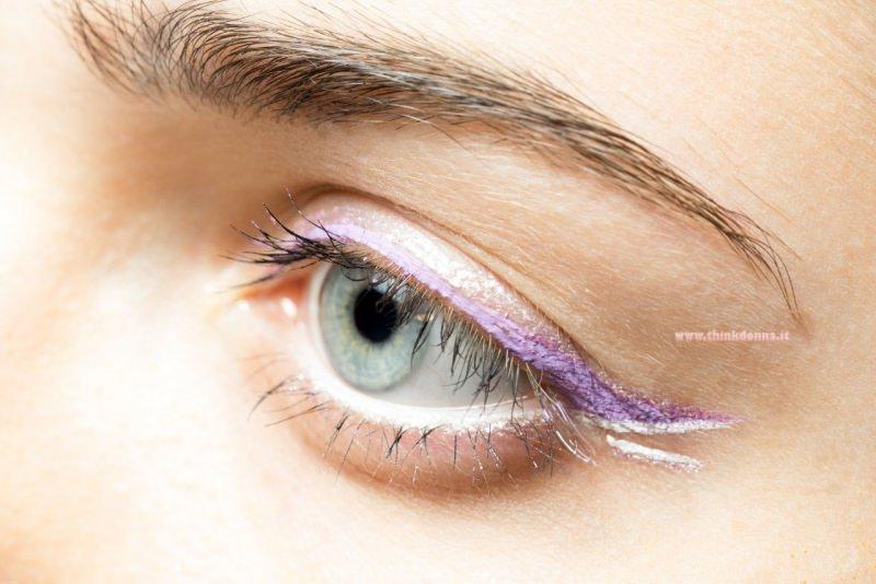 trucco occhi matita color burro occhio azzurro