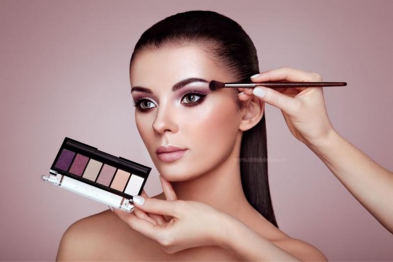 trucco occhi verdi palette colore mlva viola lilla truccatore make up