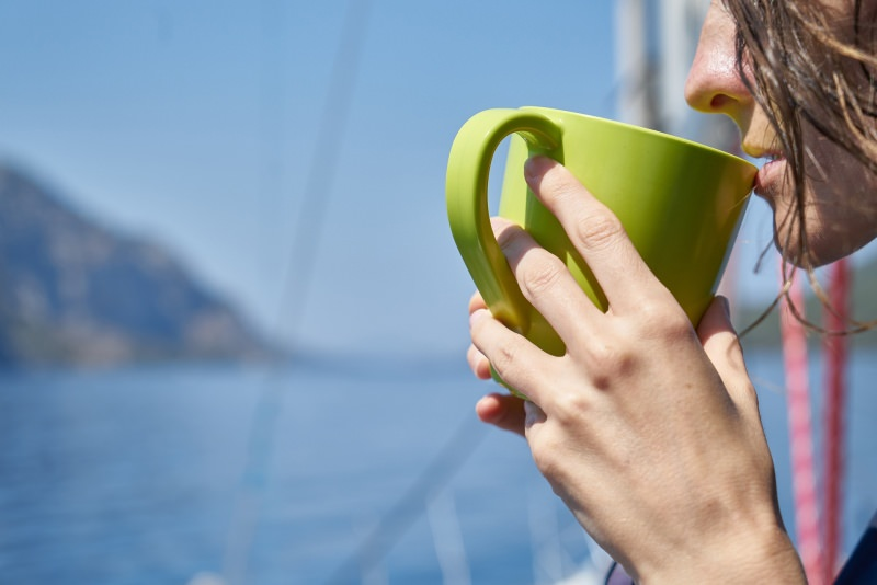 Quando bere fa bene alla salute donna tisana