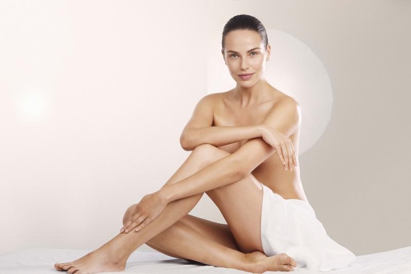 donna corpo bellezza gambe