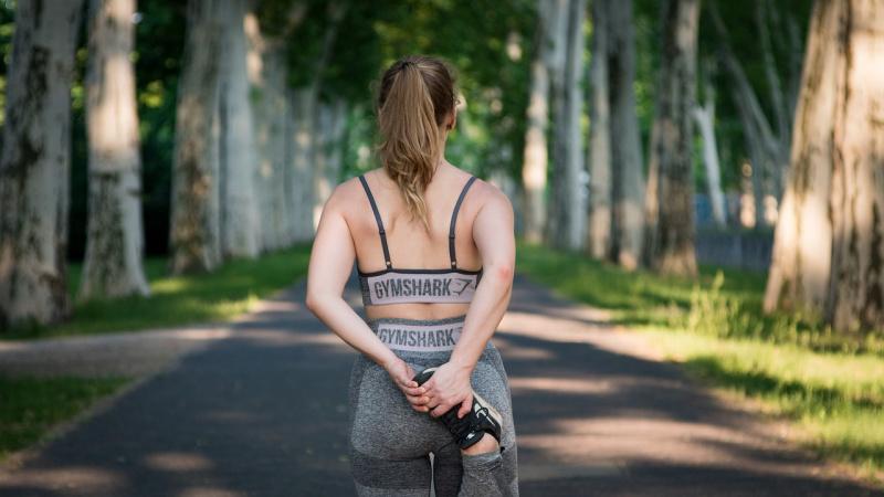 donna abbigliamento sportivo fitness corsa camminata parco