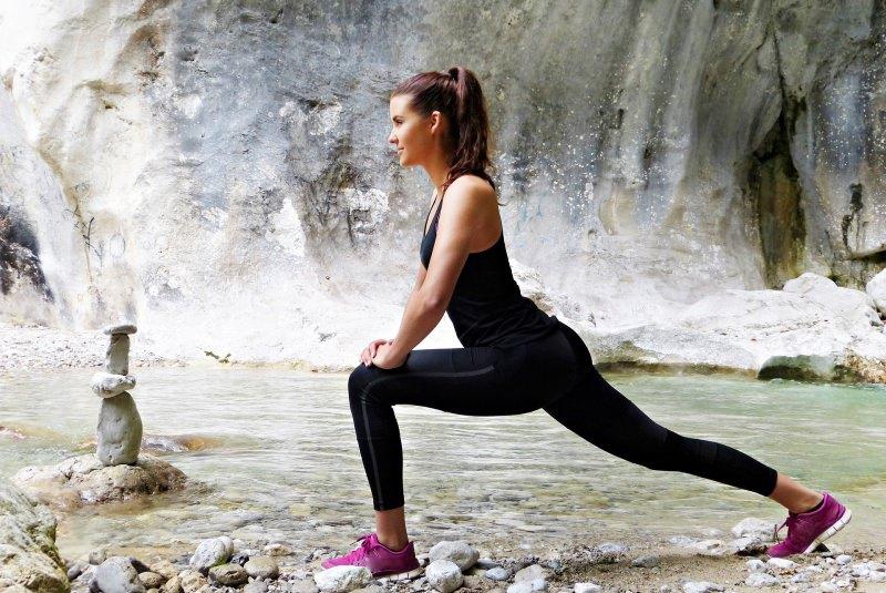 Scegliere il miglior outfit per sport e tempo libero attività sportiva leggins